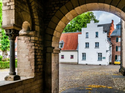 Photo: castles, fortresses and palaces, architectural monuments, Kaiserswerth, North Rhine-Westphalia