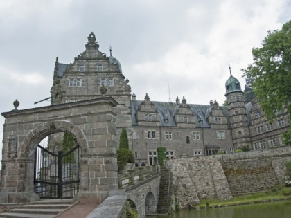 Photo: castles, fortresses and palaces, parks and recreation, architectural monuments, Haemelschenburg Castle, Lower Saxony